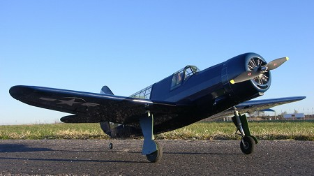 Curtiss SB2C Helldiver - Scale Model WW2 US Dive Bomber