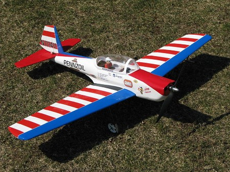 Super Chipmunk - Postwar Canadian 1/9 Scale Trainer Model Airplane Kit
