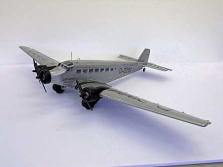 Junkers Ju-52 - Sport scale WW2 German Transport Model Airplane Kit
