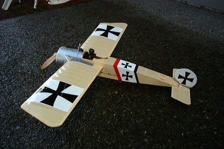 Fokker E.III - Scale WW1 German Fighter Monoplane Model Airplane Kit
